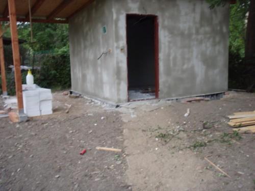 Zahradní domek už stojí