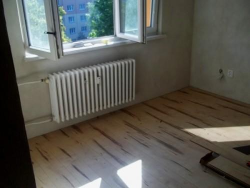 Nová podlaha je položena